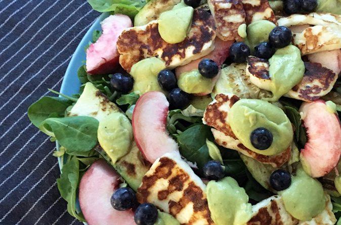Rezept Sommersalat mit Avocado-Dressing